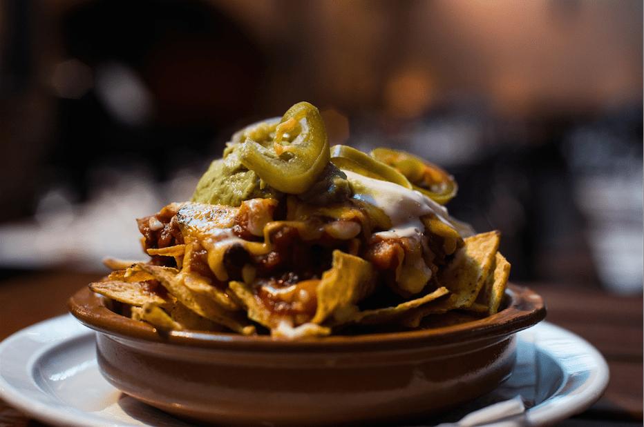 MArket bar nachos