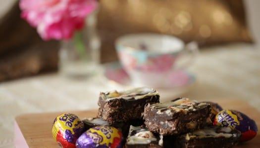 Creme Egg Chocolate Traybake!